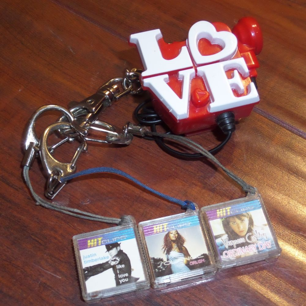 HITclips Claireu0026#39;s u0026quot;Loveu0026quot; Hit Clip Music Player Justin Timberlake, ...