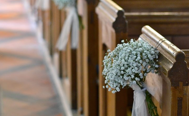 How To Hang Wedding Pew Bows