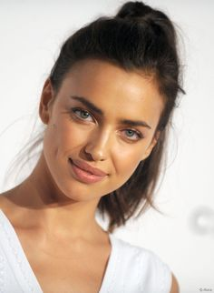 Irina Shayk | MOOD BOARD: Cannes Film Festival | Pinterest | Irina shayk,  Orange fashion and Irina shyk