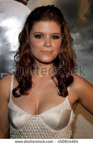 Kate Mara at the Los Angeles premiere of u0027Shooteru0027 held at the Mann Village