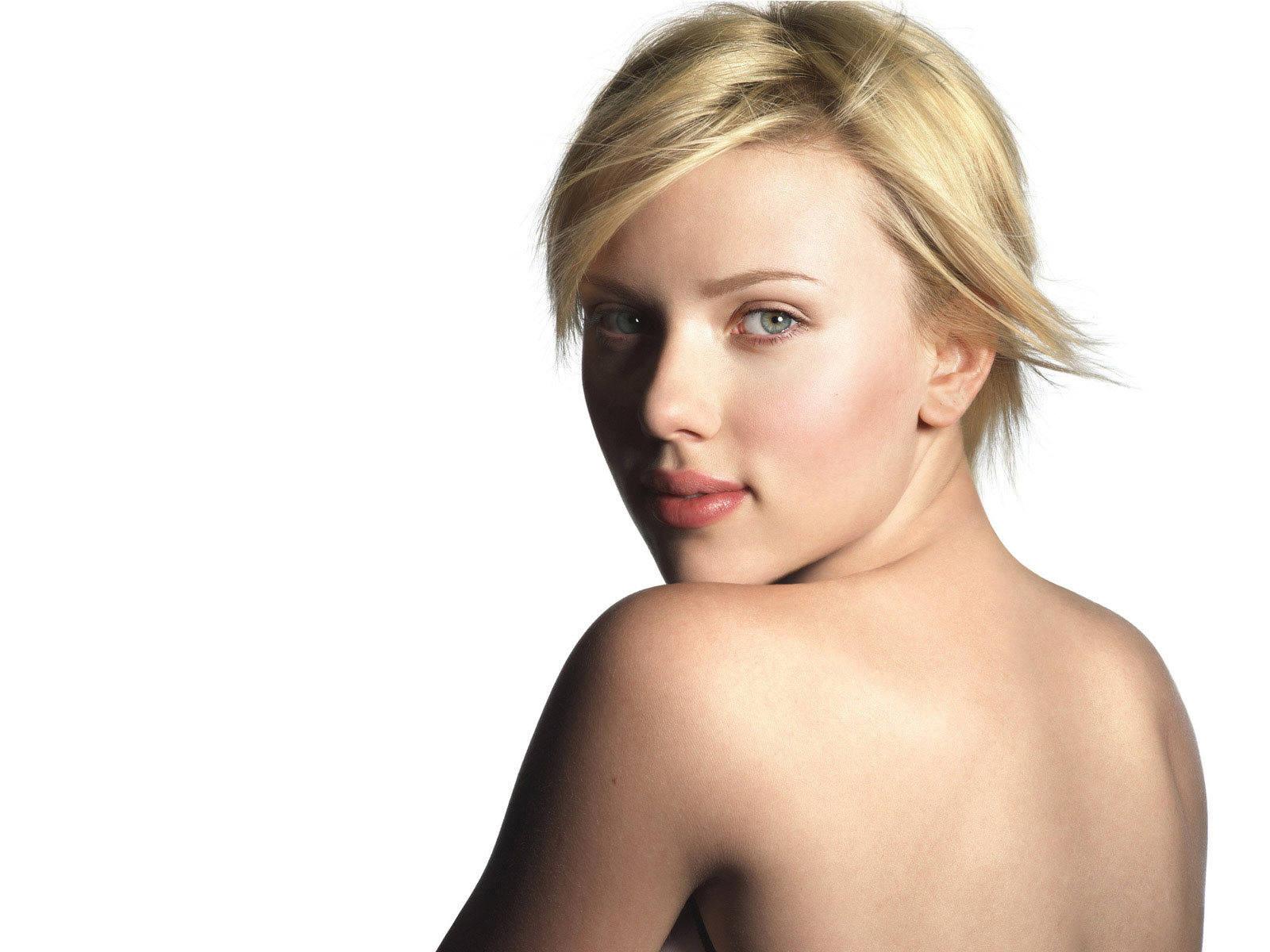 Scarlett Johansson Clipart-hdclipartall.com-Clip Art1600