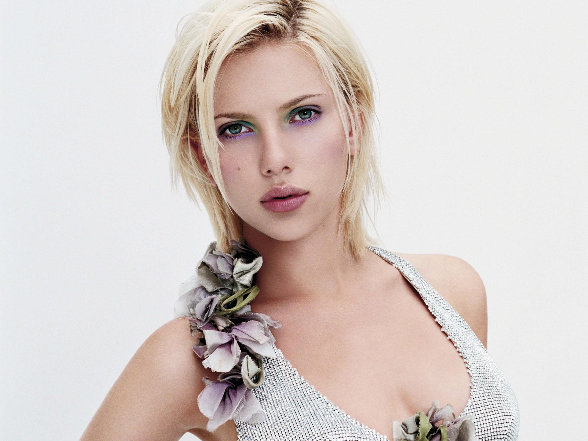 Scarlett johansson clipart widescreen